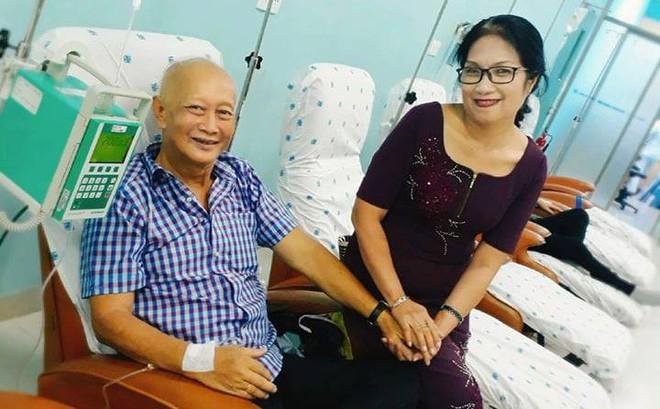 Sau 2 năm phát hiện ung thư phổi di căn, người đàn ông vẫn sống với thần thái vui vẻ