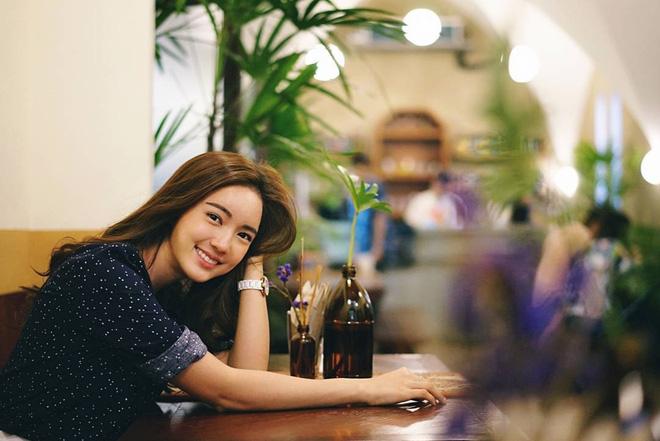 Loạt ảnh bắt trọn thần thái đỉnh cao và nụ cười toả nắng của nàng thơ Thái Lan - Ảnh 9.