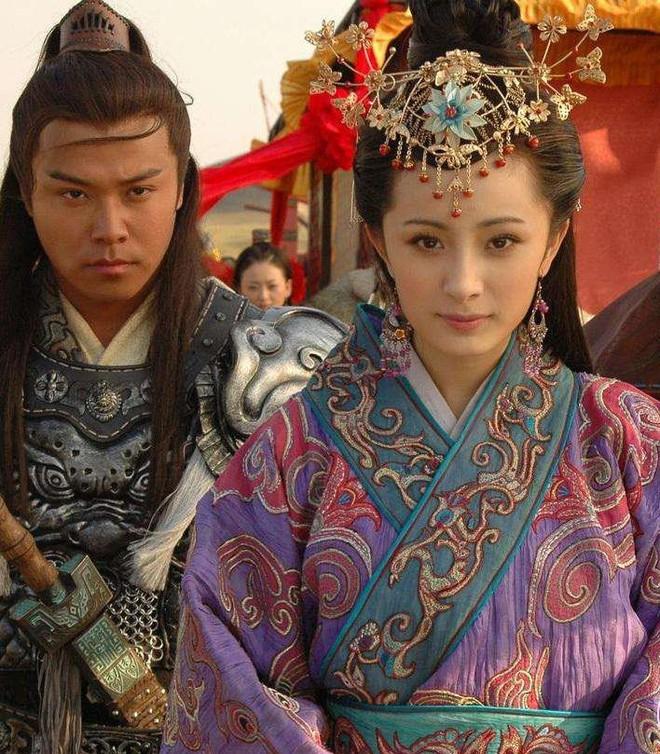 Dàn sao Vương Chiêu Quân sau 11 năm: Kẻ bị tố quỵt tiền từ thiện, người ngoại tình khi vợ mang thai - Ảnh 5.