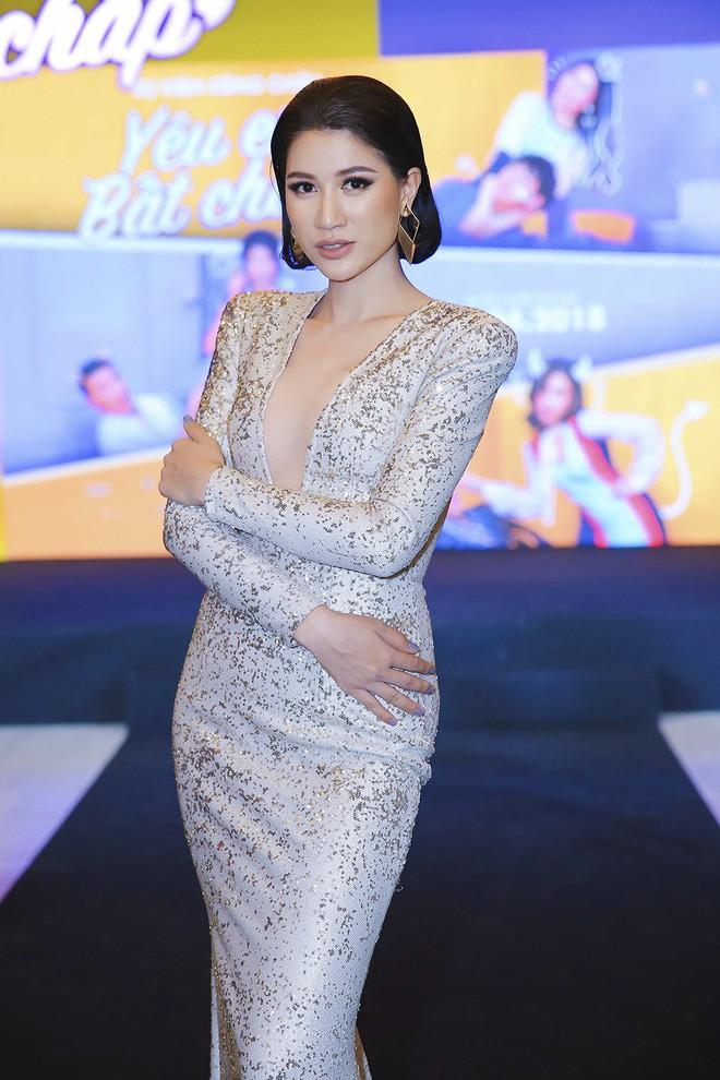 Hoài Lâm đi trễ 2 tiếng, hot girl Thúy Vi chạm mặt tình mới Phan Thành - Ảnh 11.