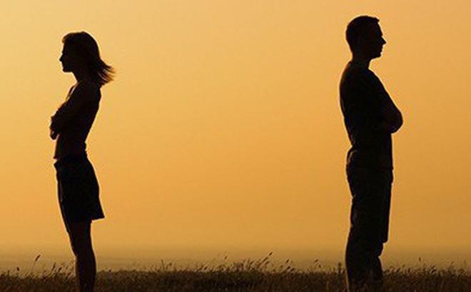 Khi đàn ông nhẫn tâm bỏ thì phụ nữ phải đành tâm rời
