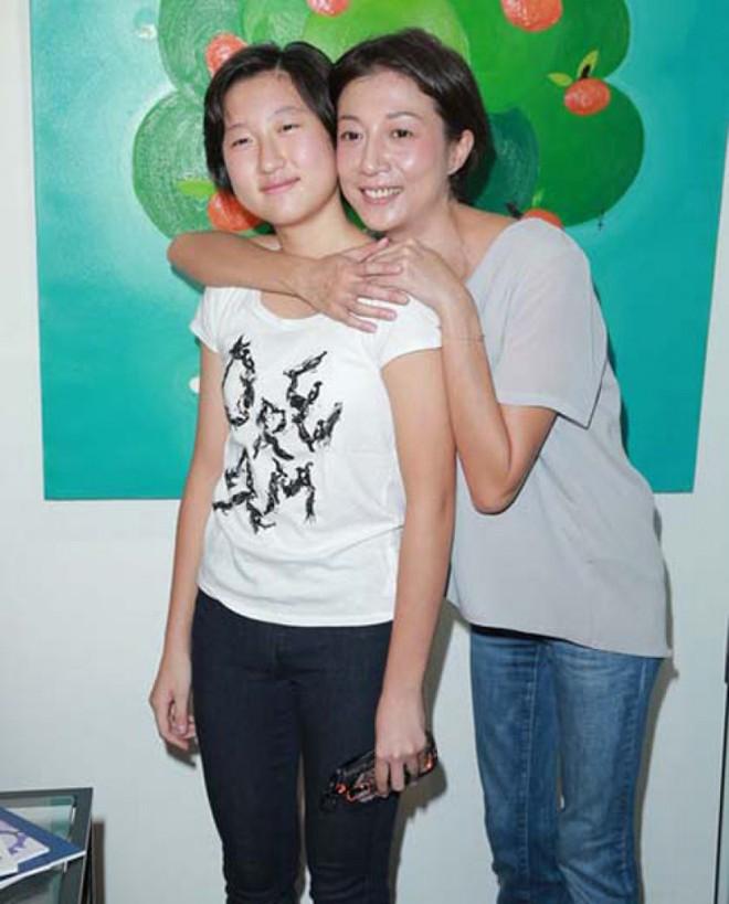 Hoa hậu châu Á và cuộc sống đau đớn vì Thành Long bỏ rơi, con gái nổi loạn - Ảnh 8.