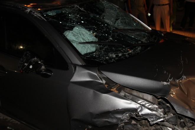 Ô tô gây tai nạn liên hoàn trong đêm 30/4 ở Đồng Nai: 6 người trong một gia đình gặp nạn - Ảnh 2.