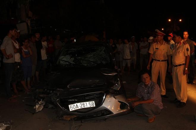 Ô tô gây tai nạn liên hoàn trong đêm 30/4 ở Đồng Nai: 6 người trong một gia đình gặp nạn - Ảnh 1.