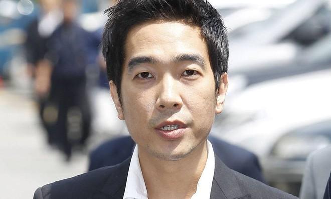Những vụ bê bối gây chấn động nhất lịch sử showbiz Hàn: Đường dây mại dâm, xâm hại tình dục bị bóc trần - Ảnh 11.