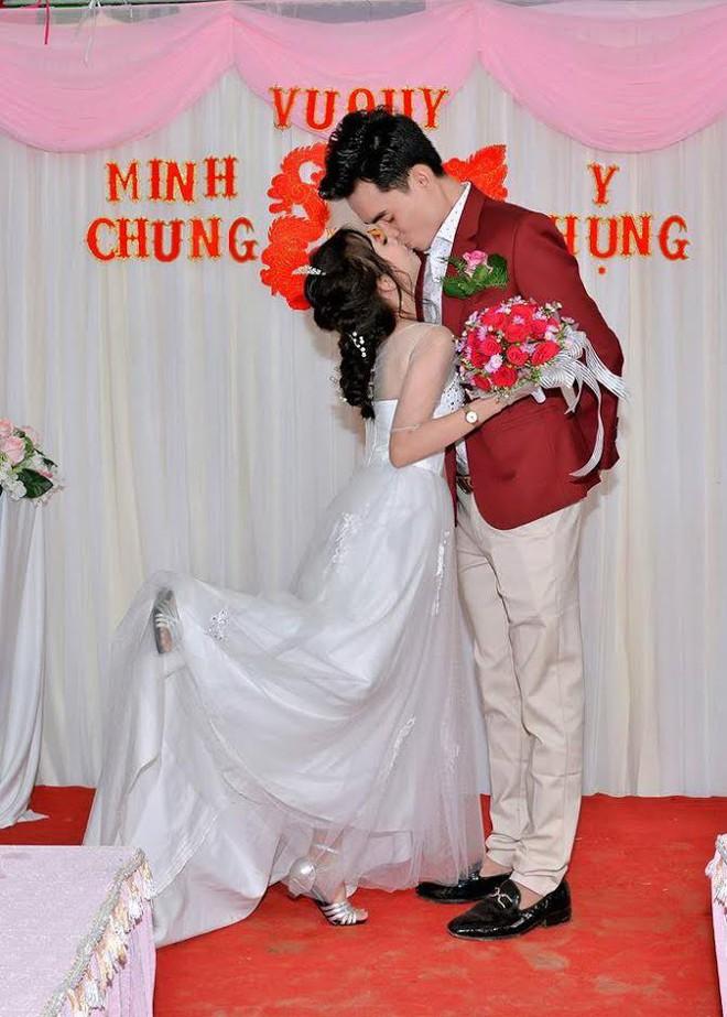 Từ trò đùa xem bói, cô gái tí hon cưới được chồng như ý - Ảnh 6.