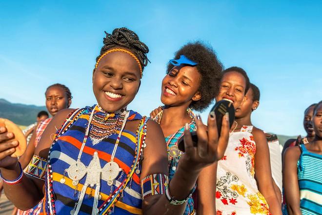 5 bộ lạc nhiều mỹ nữ, phong cách ngời ngời lại khéo chiều đàn ông ở Kenya - Ảnh 3.