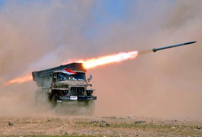 Đáp trả vụ tập kích 20 tên lửa, Israel hủy diệt trạm radar của Syria: Chiến sự nóng bỏng - Ảnh 1.