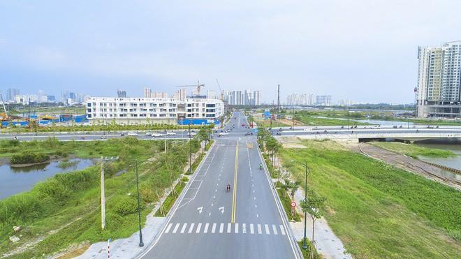 Cận cảnh con đường dát kim cương với chi phí 1.000 tỷ đồng/km ở Khu đô thị mới Thủ Thiêm - Ảnh 9.