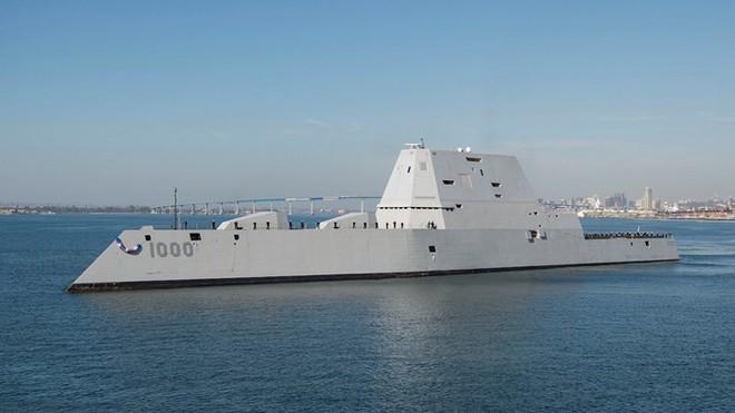 Khám phá USS Zumwalt - tàu khu trục lớn nhất của Hải quân Mỹ - Ảnh 1.