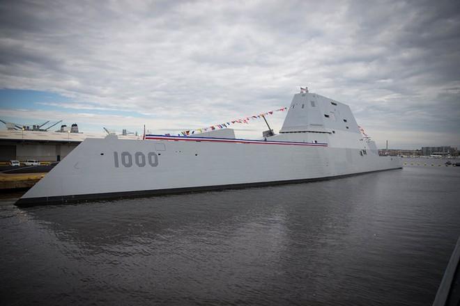 Khám phá USS Zumwalt - tàu khu trục lớn nhất của Hải quân Mỹ - Ảnh 2.