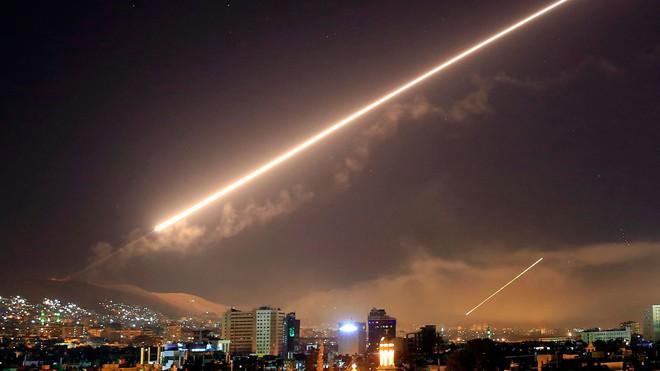 Israel tập kích ác liệt Syria: Đòn đánh thay đổi cục diện chiến trường? - Ảnh 3.