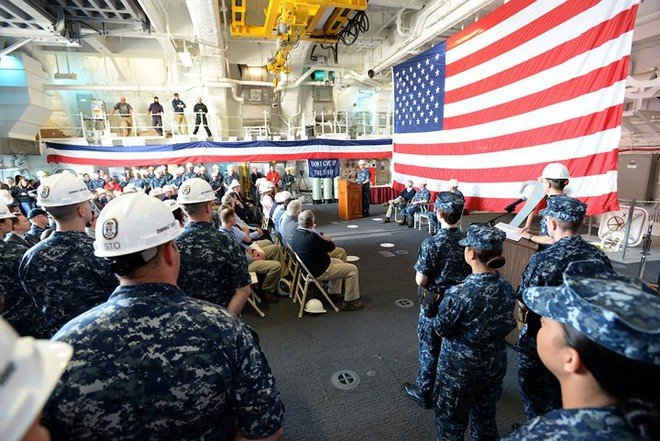 Khám phá USS Zumwalt - tàu khu trục lớn nhất của Hải quân Mỹ - Ảnh 12.