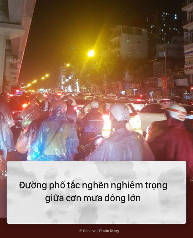 [PHOTO STORY] 10 hình ảnh ấn tượng nhất tại Hà Nội trong cơn mưa lớn tối 12/5 - Ảnh 6.