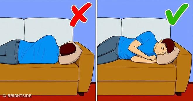 7 lý do khiến bạn thường xuyên bị tỉnh giấc ban đêm - Ảnh 1.