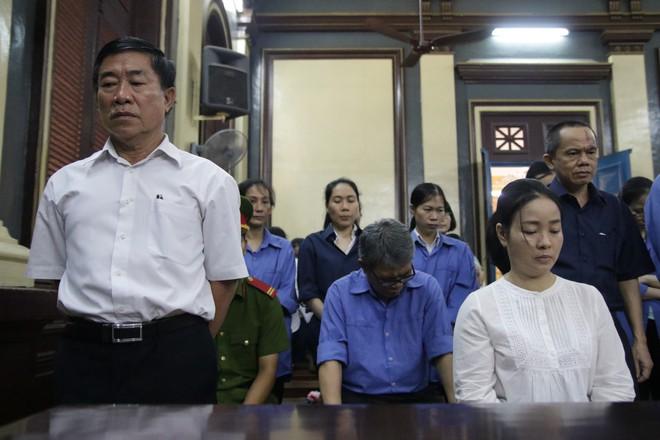 Một phần tiền TrustBank giải ngân cho nhóm Phương Trang được dùng để trả nợ Vũ nhôm - Ảnh 1.