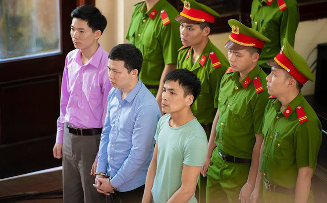 Xét xử bác sĩ Hoàng Công Lương trong vụ 8 bệnh nhân chạy thận tử vong