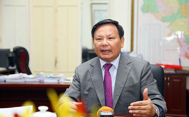 """Tổng Cục trưởng DL: Tịch thu, tiêu hủy áo in hình đường """"lưỡi bò"""" khách Trung Quốc mặc"""