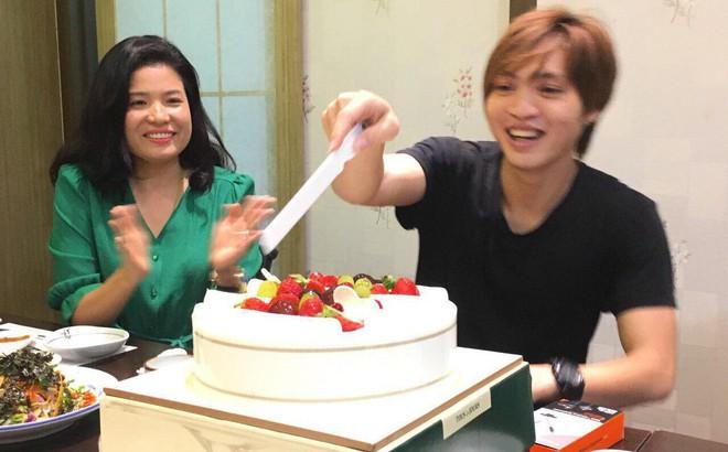 Tuấn Anh đón niềm vui bất ngờ trong ngày sinh nhật trên đất Hàn Quốc