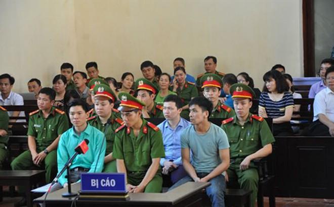 Đại diện Cựu giám đốc BV Hoà Bình cũng không đến tòa xử Hoàng Công Lương