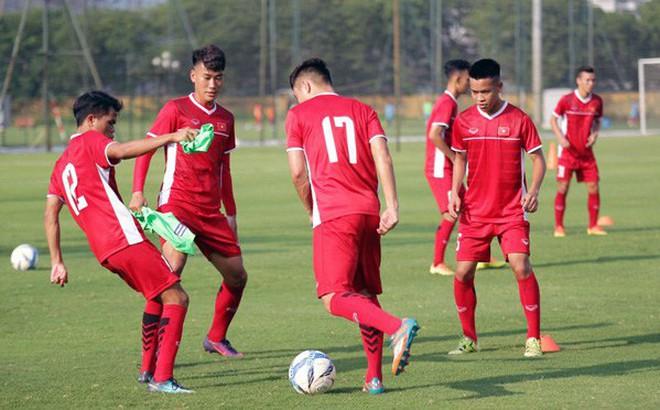 """""""U19 Việt Nam hoàn toàn có cơ hội vượt qua vòng bảng U19 châu Á 2018"""""""