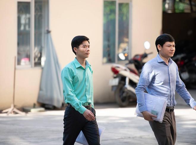 Vụ chạy thận Hòa Bình: Vì sao BS Lương lại ký tên vào y lệnh của 2 đồng nghiệp? - Ảnh 3.