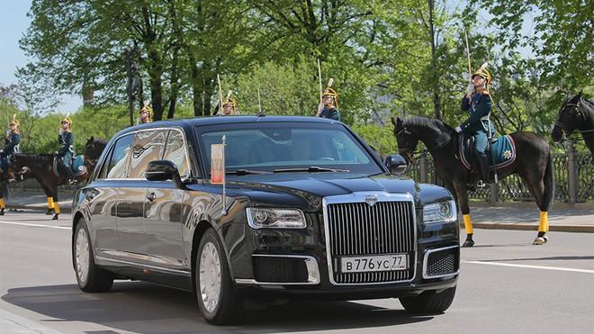 Ông Putin muốn siêu xe chống đạn của Tổng thống được sản xuất đại trà cho cả khách hàng trung lưu - Ảnh 2.