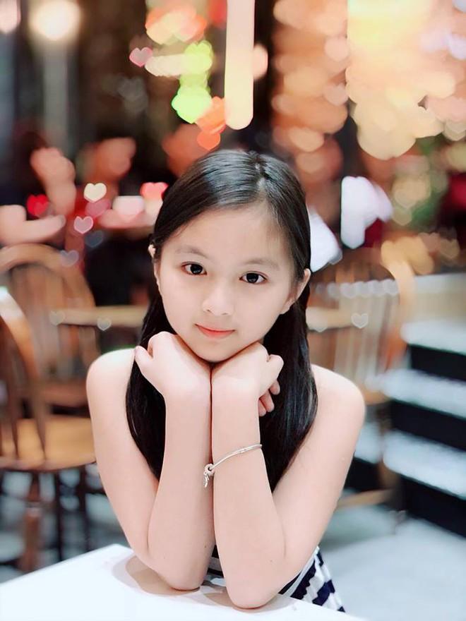 Bố khoe ảnh chụp chân dung, nhưng ảnh hậu trường của con gái 9 tuổi mới là điều gây chú ý - Ảnh 14.