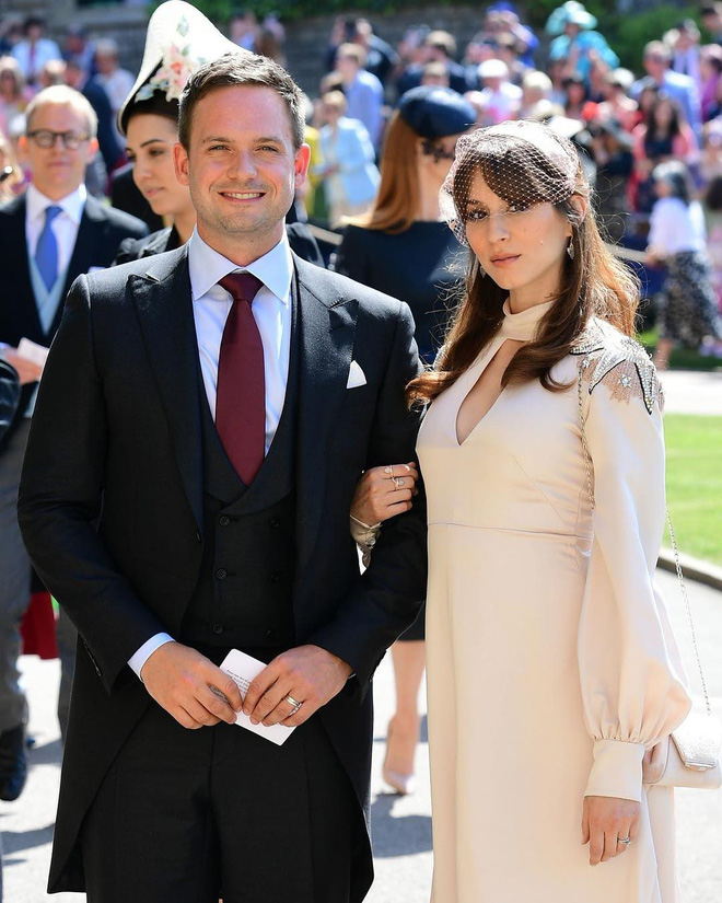 Diễn viên xinh đẹp tiết lộ món quà đặc biệt vợ chồng Hoàng tử Anh tặng riêng cho khách mời nữ - Ảnh 1.