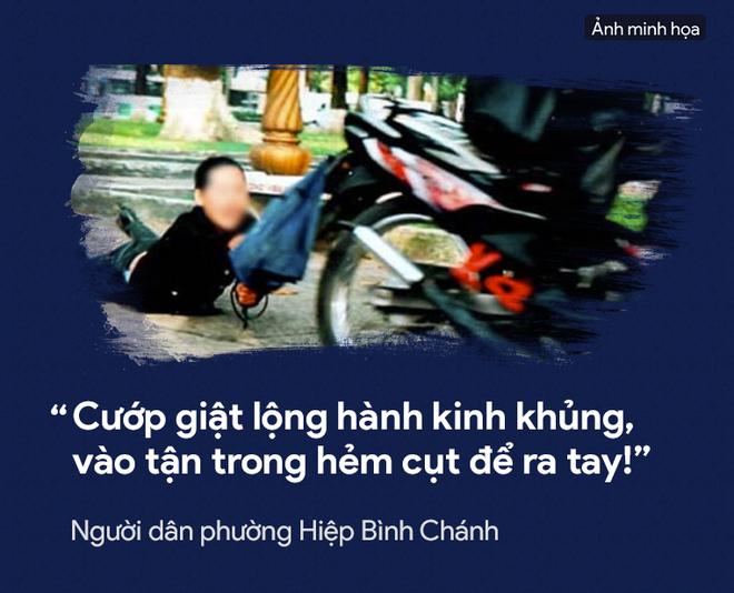 [PHOTO STORY] Dân thường, người bị nạn, du khách thảng thốt về nạn cướp giật ở Sài Gòn - Ảnh 8.