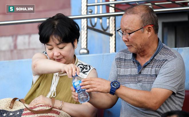 SVĐ Thiên Trường có chuyện lạ trong ngày HLV Park Hang-seo dự khán