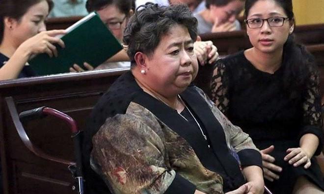 VKS nói bà Sáu Phấn có thái độ trốn tránh, luật sư yêu cầu trả hồ sơ điều tra lại - Ảnh 3.