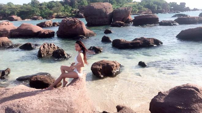 Vẻ đẹp nóng bỏng của Hoa hậu chuyển giới Việt Nam đầu tiên - Ảnh 9.