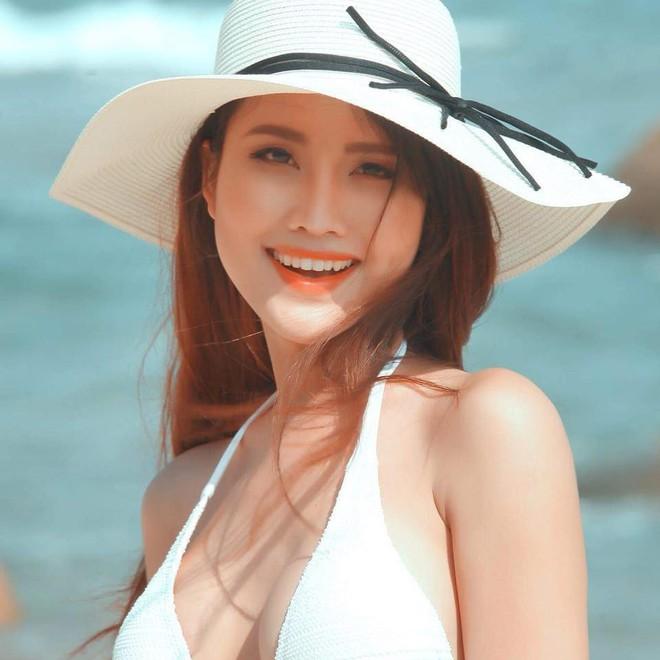 Vẻ đẹp nóng bỏng của Hoa hậu chuyển giới Việt Nam đầu tiên - Ảnh 10.