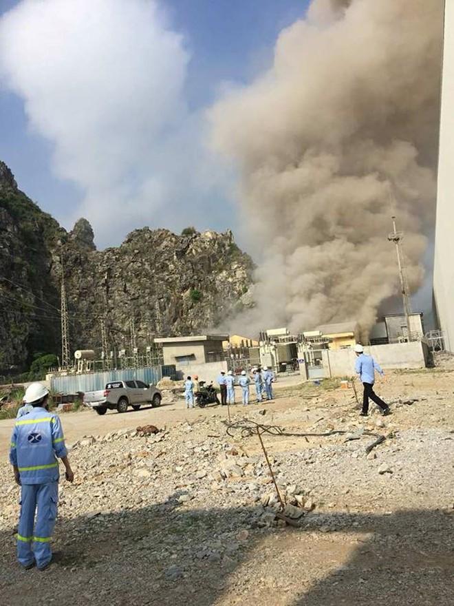 Nổ như bom tại Nhà máy xi măng Xuân Thành - Ảnh 2.