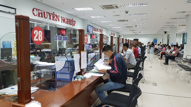 Tại sao 40 nhân tài ở Đà Nẵng xin nghỉ việc dù phải đền tiền tỷ? - Ảnh 2.
