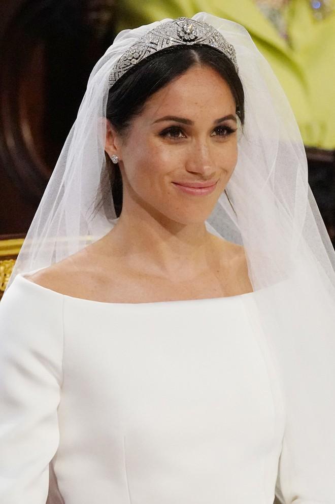 Đây là cảm nghĩ của Victoria Beckham về nhan sắc Công nương Meghan trong đám cưới Hoàng gia - Ảnh 2.