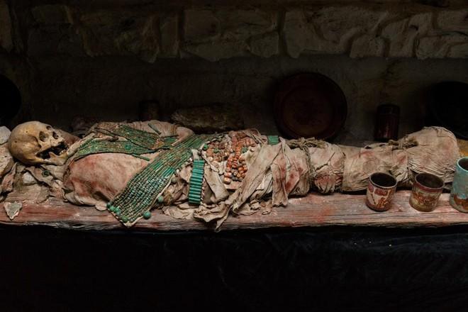 Đột nhập lăng mộ cổ của người Maya, phát hiện con mắt kỳ dị chưa từng thấy! - Ảnh 6.