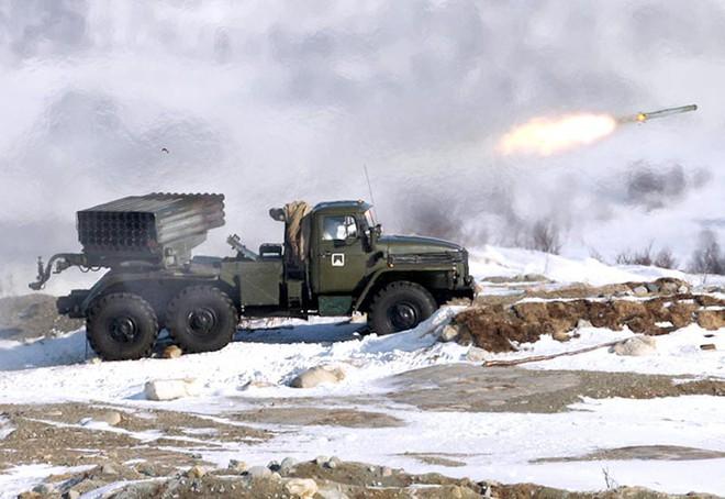 Israel nắm bí quyết công nghệ, biến rocket cổ lỗ Liên Xô thành sát thủ chiến trường - Ảnh 2.