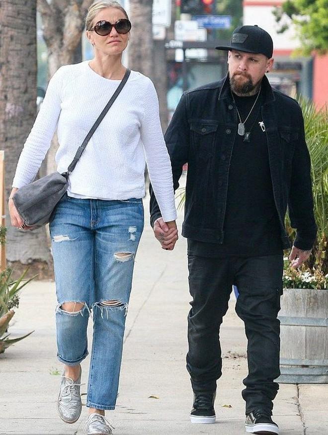 15 cặp đôi chiều cao đũa lệch của Hollywood: Chàng phải ngước lên mới nhìn thấy mặt nàng - Ảnh 2.