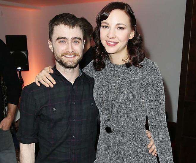 15 cặp đôi chiều cao đũa lệch của Hollywood: Chàng phải ngước lên mới nhìn thấy mặt nàng - Ảnh 12.