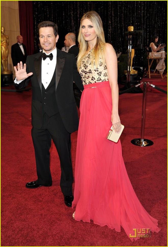 15 cặp đôi chiều cao đũa lệch của Hollywood: Chàng phải ngước lên mới nhìn thấy mặt nàng - Ảnh 6.