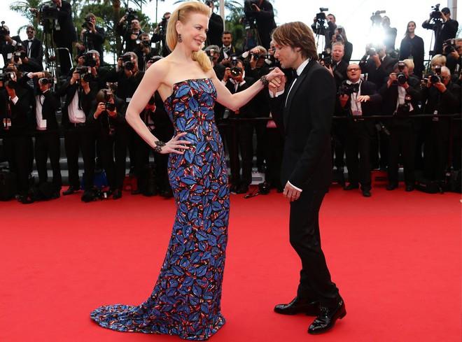 15 cặp đôi chiều cao đũa lệch của Hollywood: Chàng phải ngước lên mới nhìn thấy mặt nàng - Ảnh 7.