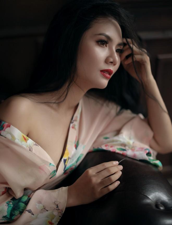 Bộ ảnh sexy đầu tiên của Sao Mai Lương Nguyệt Anh - Ảnh 7.