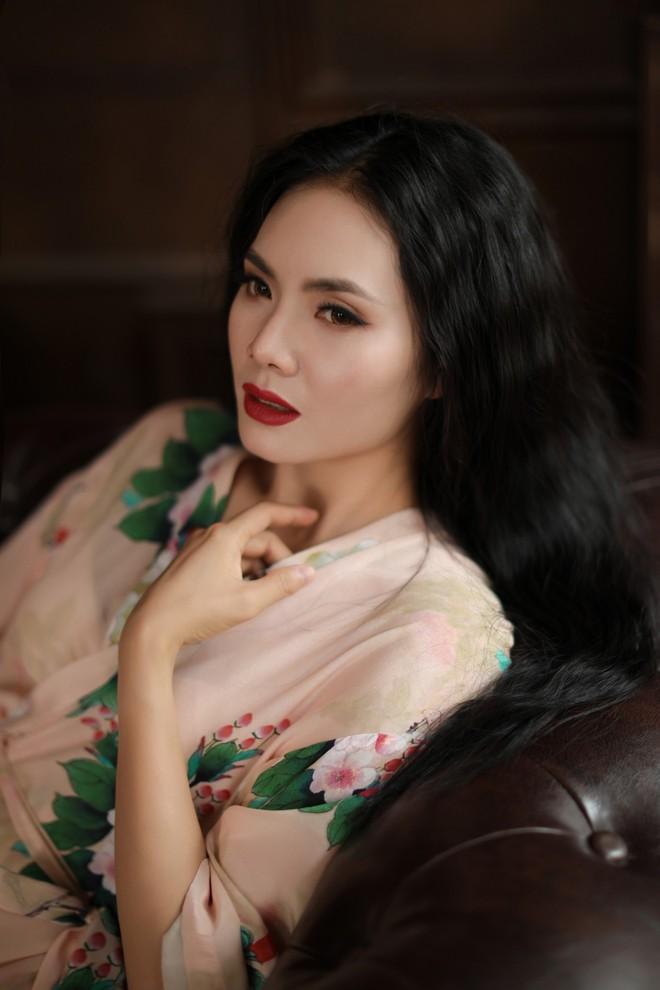 Bộ ảnh sexy đầu tiên của Sao Mai Lương Nguyệt Anh - Ảnh 6.