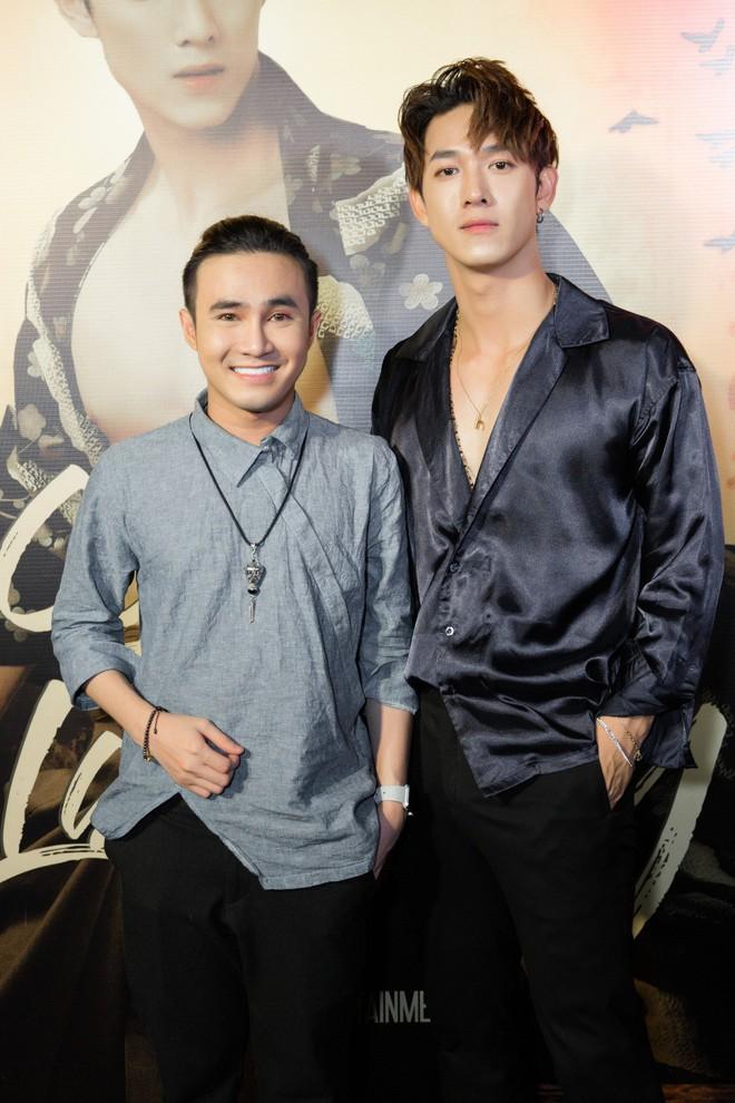 Siêu mẫu Thu Hằng mặc gợi cảm đến chúc mừng bạn trai tin đồn - Ảnh 8.