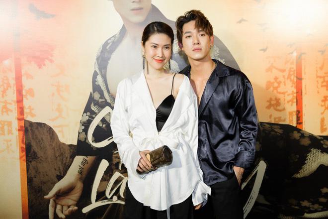 Siêu mẫu Thu Hằng mặc gợi cảm đến chúc mừng bạn trai tin đồn - Ảnh 7.