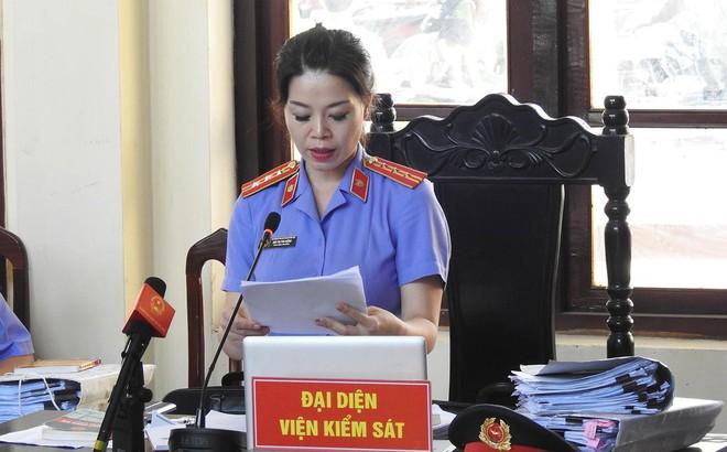Nóng: VKS thêm cáo buộc với BS Lương, luật sư phản bác và đề nghị khởi tố bổ sung ngay tại tòa