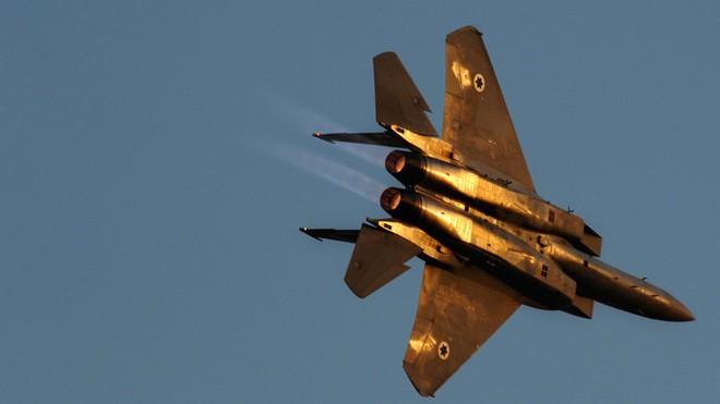 Những cỗ máy chết chóc trên trời của Israel: Tiêm kích tàng hình F-35 hay F-15? - Ảnh 2.
