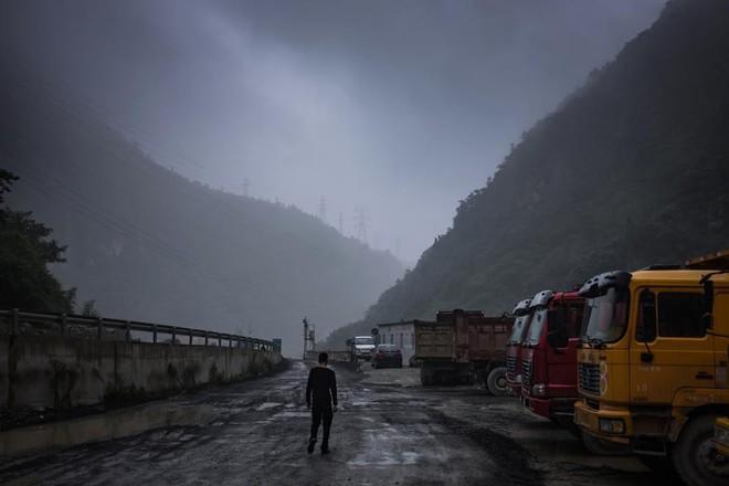 Bên trong một mỏ đào bitcoin bí mật tại Trung Quốc: Có 550 siêu máy tính, chạy 24 giờ một ngày - Ảnh 4.